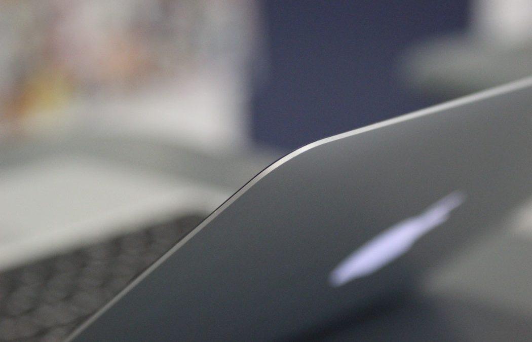 dell xps 13 vs macbook air